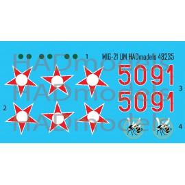 48235  MiG-21 UM HUNAF 5091 Dongó század jelzéssel matrica 1:48